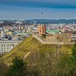 Wzgórze Gedymina na tle centrum Wilna